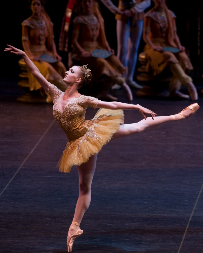 Gillian in Le Bayadere with Angel Corella and the Barcelona Ballet.
