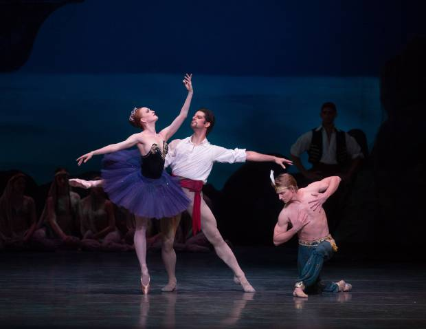 Gillian in Le Corsaire, 2012, with Ethan Stiefel and Marcel Gomes.