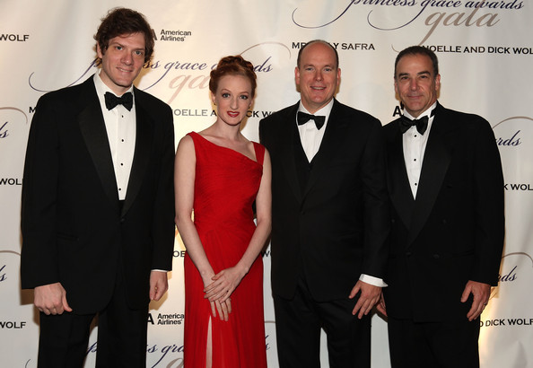 Gillian at the Princess Grace Awards Ceremony with Adam Rapp, HSH Prince Albert II of Monaco, and Mandy Patinkin (Photo by Matthew Peyton/Getty Images North America)